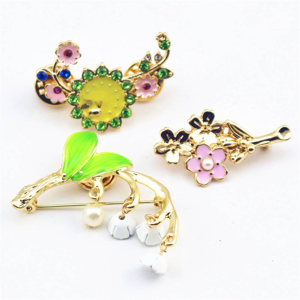 Women's Lovely Brunch Pin Brooches ae284f900f9d6e21ba6914: Lily|Sakura|Sunflower