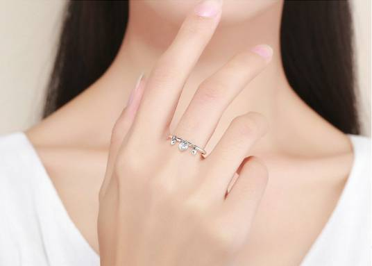 Women's Silver Ring with Glittery Heart Pendants Rings 2ced06a52b7c24e002d45d: 6 7 8