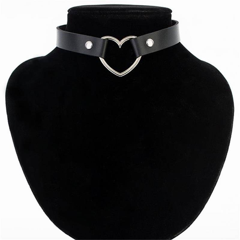 Heart Shaped Studded Chokers Chokers & Pendants cb5feb1b7314637725a2e7: Black|Blue|Brown|Coffee|Cowhide Yellow|Light Blue|Light Grey|Light Yellow|Pink|Purple|Red|Rose Red|White