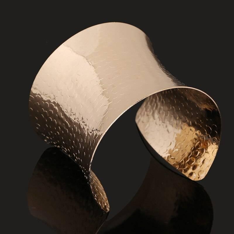 Wide Opening Cuffs Bracelets