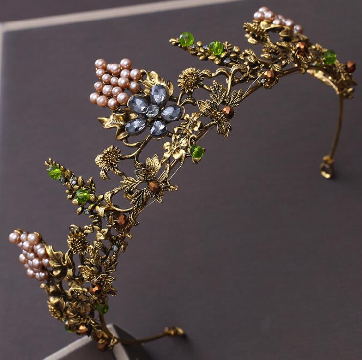 Zinc Hair Tiara in Plant Shaped