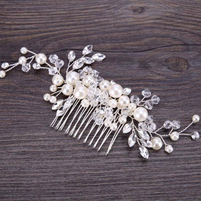 Handmade Pearls Design White Side Comb