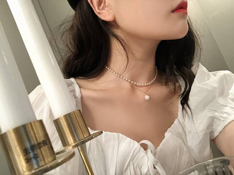 Retro Pearls Choker for Women