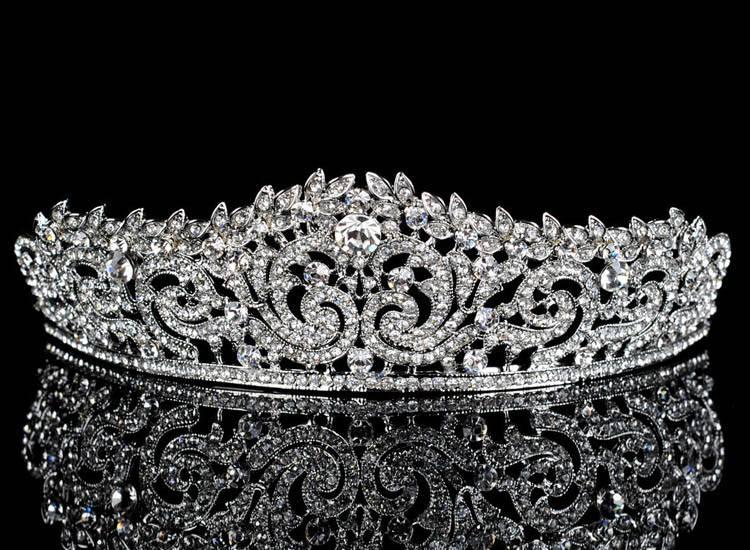 Shiny Silver Women's Crown