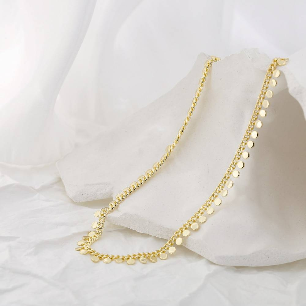 Women's Choker with Round Pendants Chokers & Pendants 8d255f28538fbae46aeae7: Gold