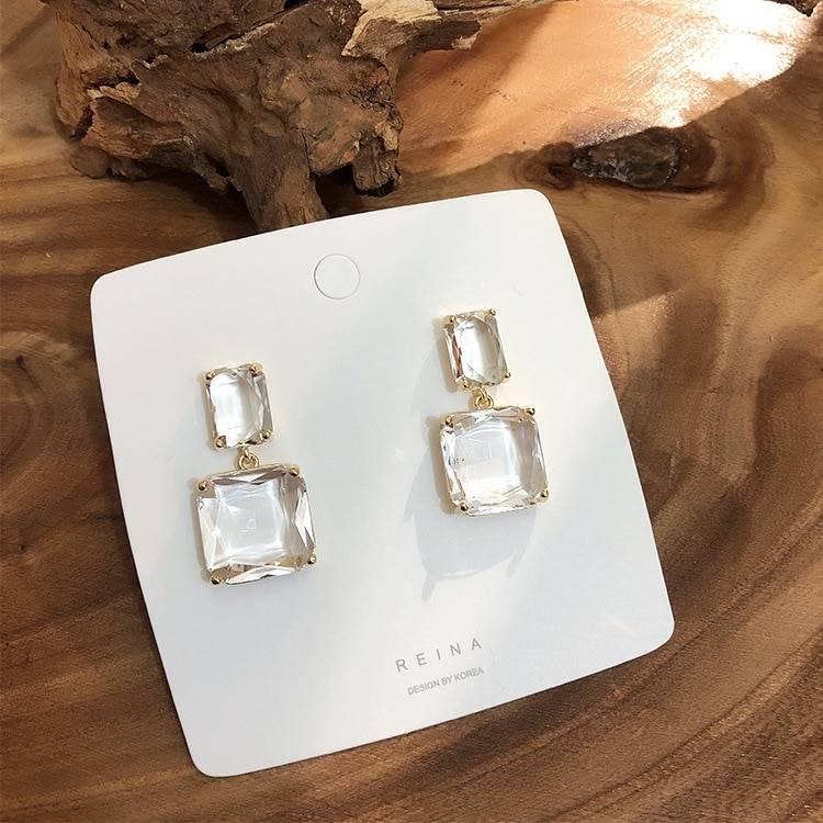 Women's Elegant Transparent Earrings Earrings 8d255f28538fbae46aeae7: 1