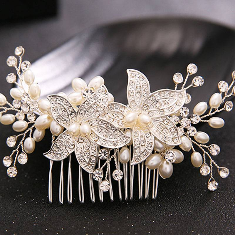 Women's Exquisite Pearl Hair Comb Hair Jewelry cb5feb1b7314637725a2e7: White