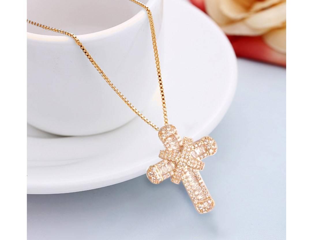 Women's Shiny Cubic Zirconia Cross Necklace