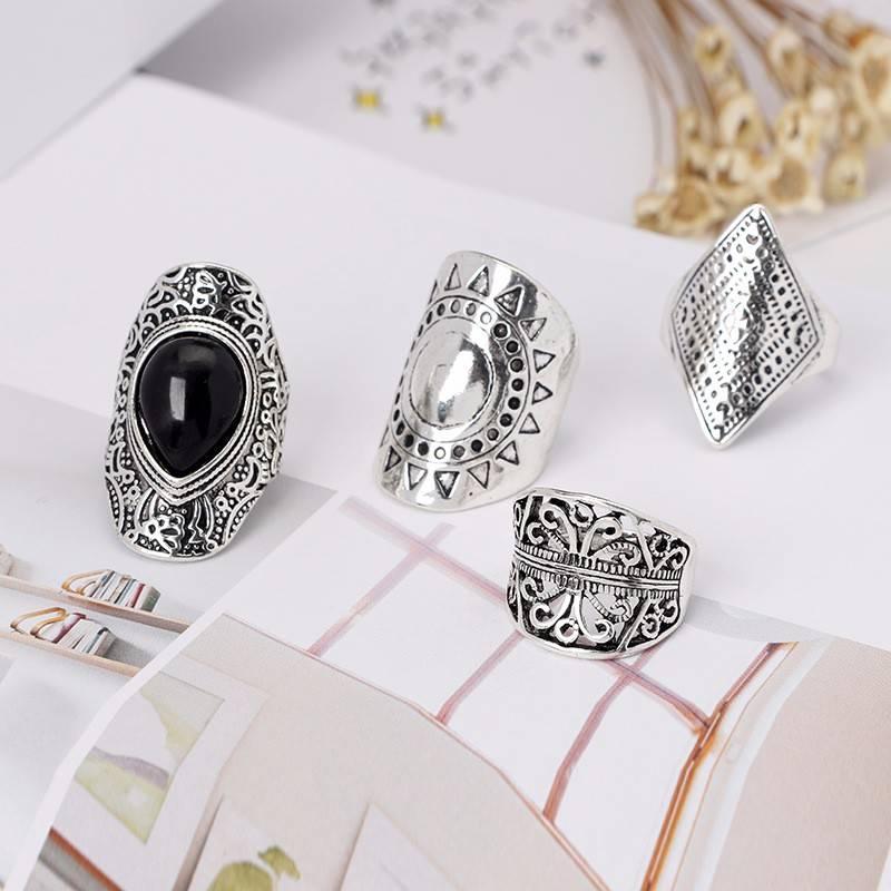 Vintage Carved Rings 4 pcs Set