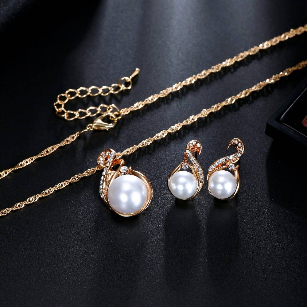 Women's Pearl Drop Earrings and Necklace Set